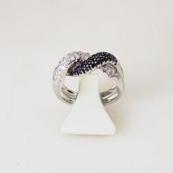 Bague 0,62ct de diamant blanc et noir - or blanc
