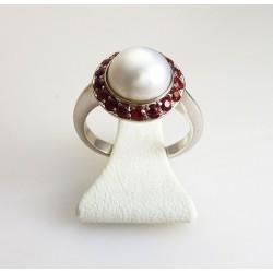 Bague perle et saphirs rose or blanc